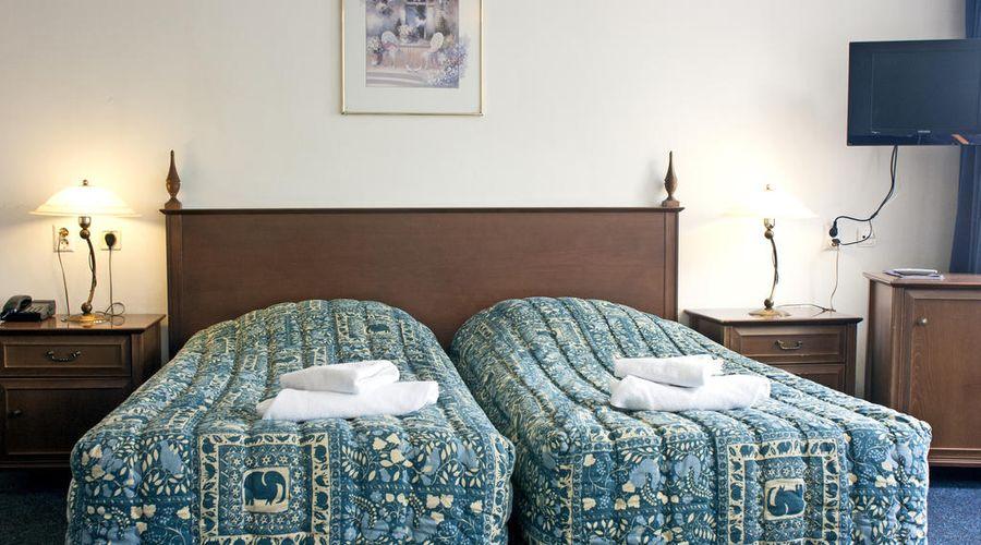 Hotel Prins Hendrik-4 of 20 photos