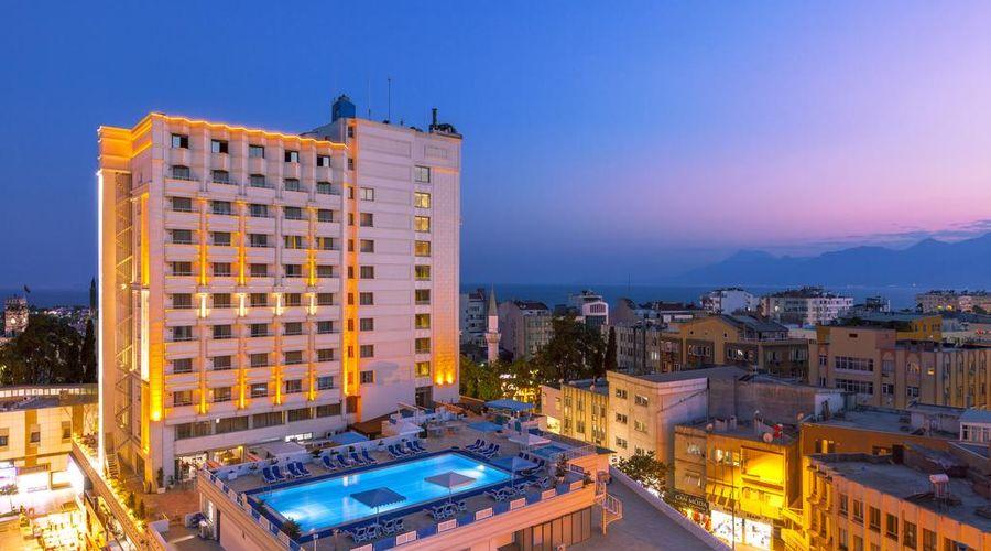 Best Western Plus Khan Hotel-1 of 32 photos