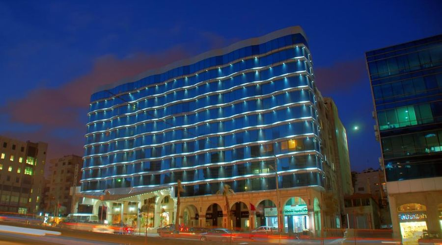 Al Fanar Palace Hotel and Suites-2 of 20 photos