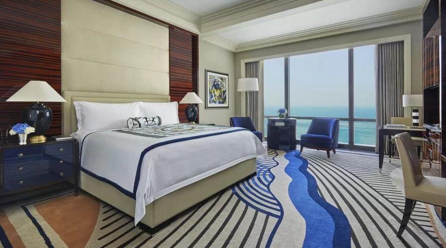 Four Seasons Hotel Bahrain Bay -4 of 30 photos