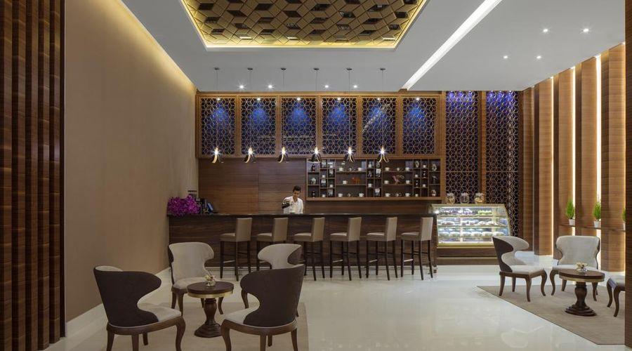 Radisson Blu Hotel, Dubai Waterfront-6 of 26 photos