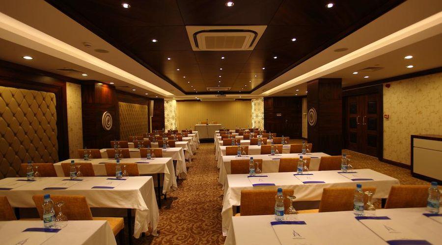 Oz Hotels Antalya Hotel Resort & Spa-7 of 38 photos
