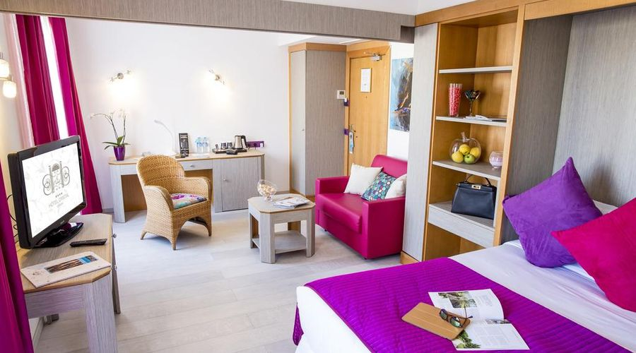 Hôtel Cristal-9 of 38 photos