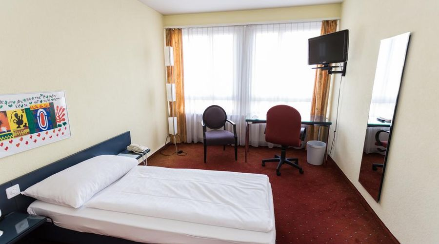 Hotel Comedie-25 of 31 photos