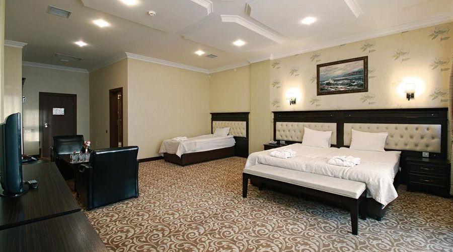 New Baku Hotel-1 of 21 photos