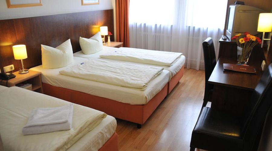 Hotel Italia-20 of 30 photos
