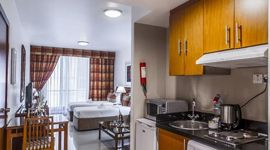 Golden Sands Hotel Apartments-2 of 20 photos