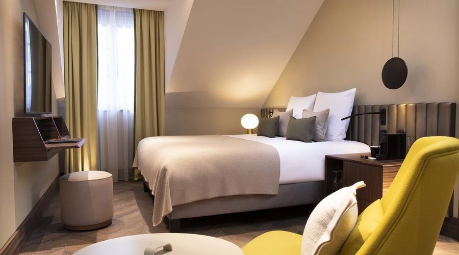 Hotel D Geneva-2 of 48 photos