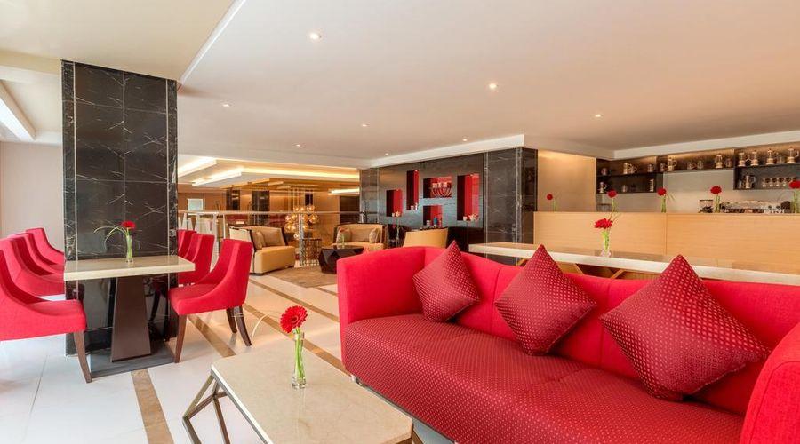 Ramada Hotel and Suites Amwaj Islands-17 of 25 photos