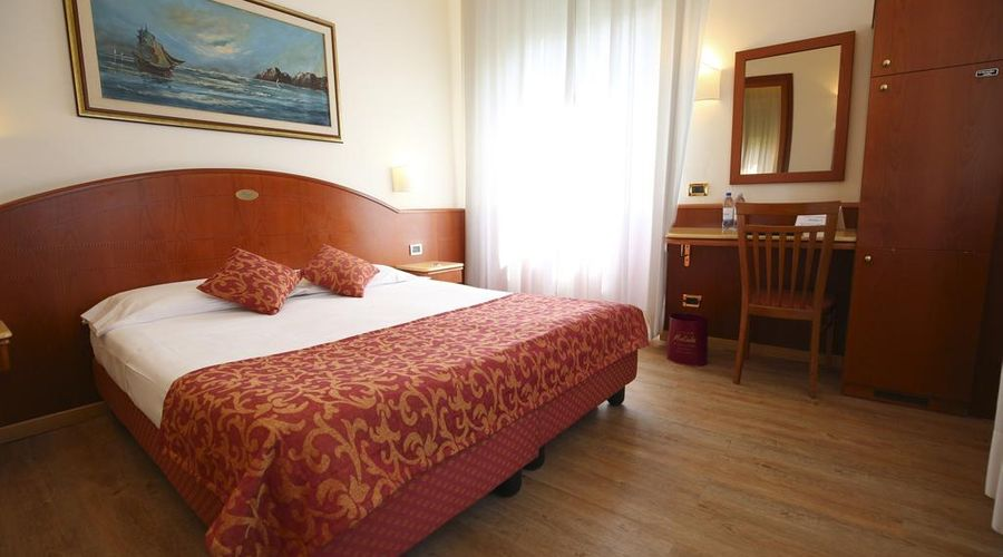 فنادق موكينبا مونتيبانكو-17 من 25 الصور