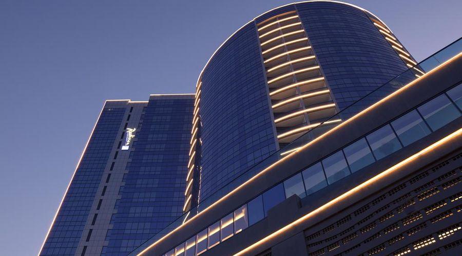 Radisson Blu Hotel, Dubai Waterfront-2 of 35 photos