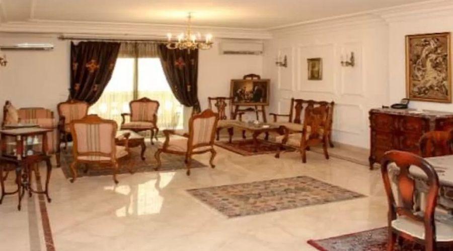 Alexandria house Mohamed Naguib-4 of 13 photos
