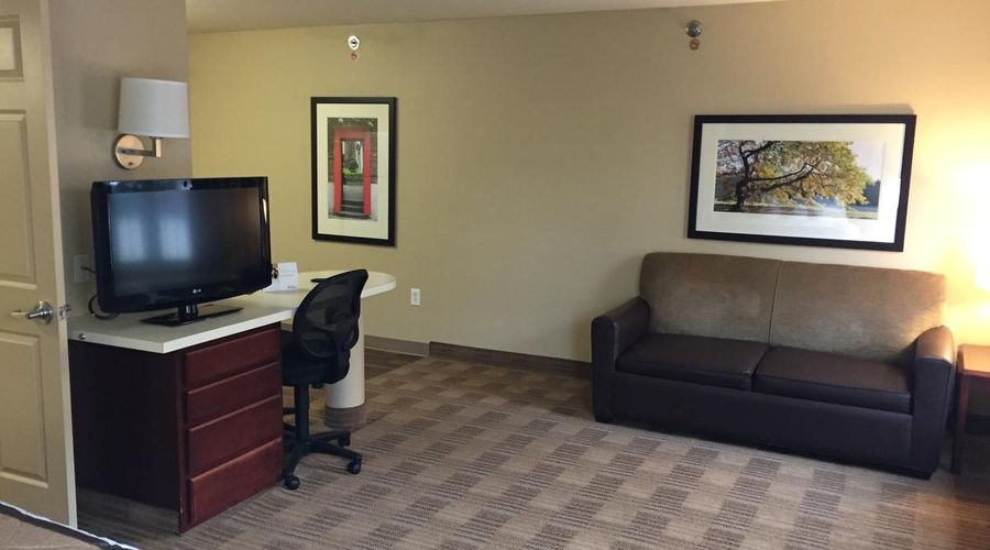 Extended Stay America-Orlando-Southpark-Commodity Circle-17 of 30 photos