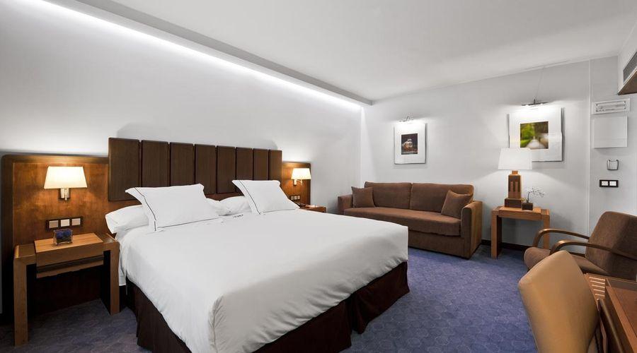 Hotel Claridge Madrid-3 of 27 photos