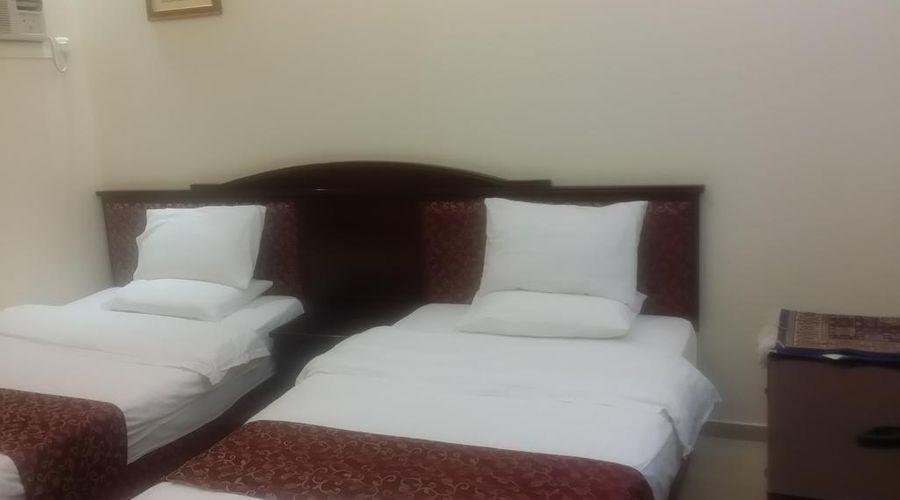 Dar Al Taif Suites-5 of 18 photos