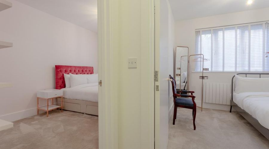 Refurbished Flat in Haggerston-4 of 10 photos