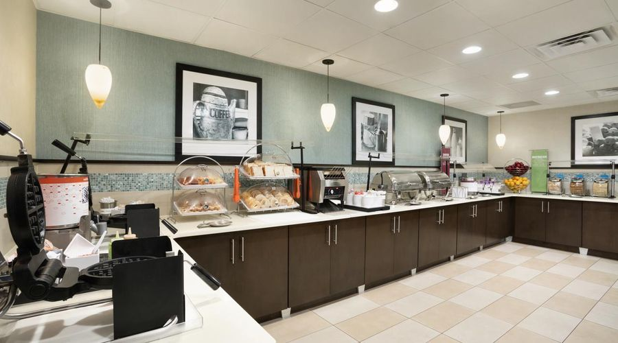 Hampton Inn Orlando International Drive/Conv Ctr-12 of 30 photos