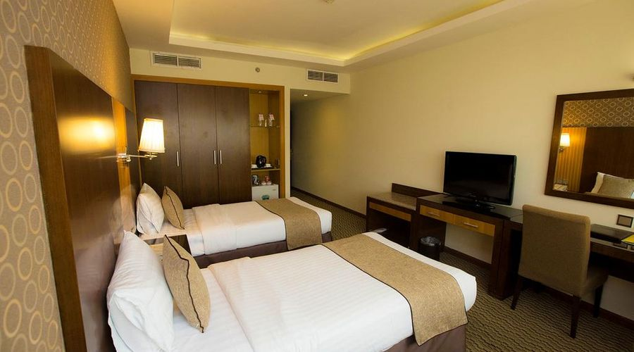 Fortune Plaza Hotel, Dubai Airport-9 of 27 photos