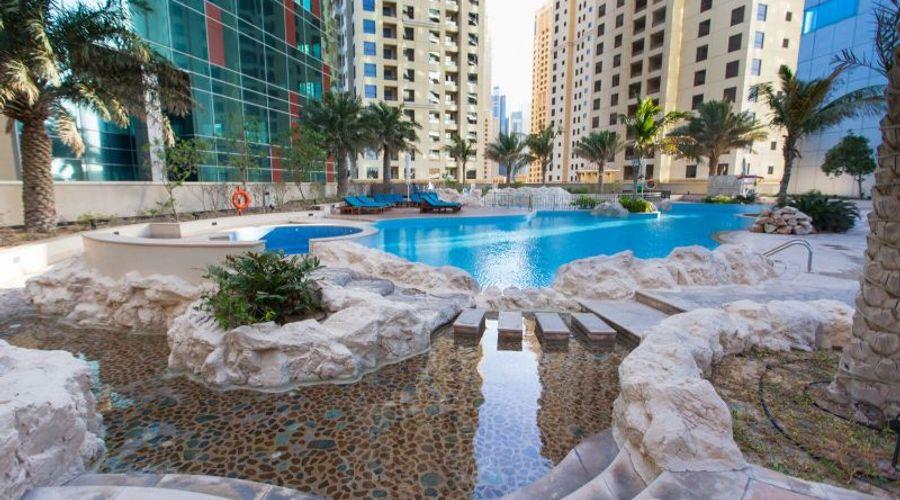 JA Oasis Beach Tower Apartments-7 of 19 photos