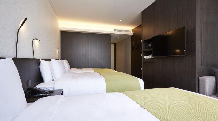 Nine Tree Premier Hotel Myeongdong 2-27 of 32 photos