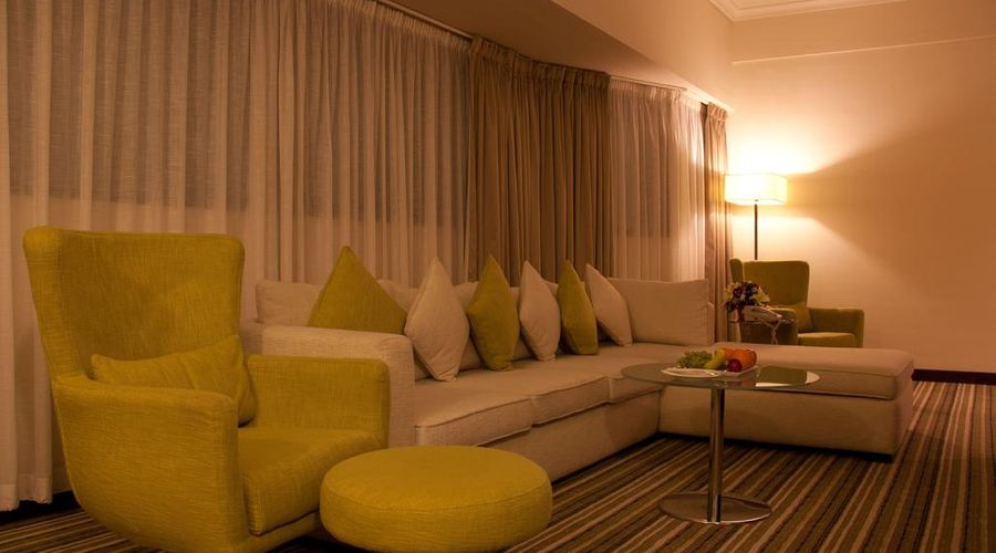 Avari Dubai Hotel -3 of 30 photos