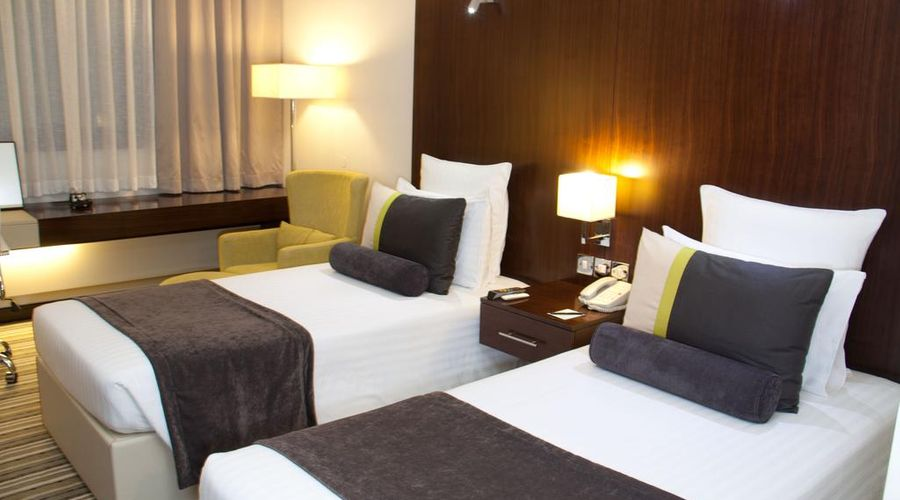 Avari Dubai Hotel -16 of 30 photos