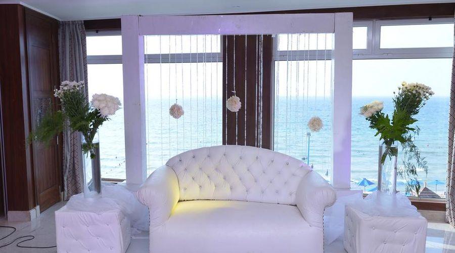 Hilton Alexandria Corniche-4 of 40 photos