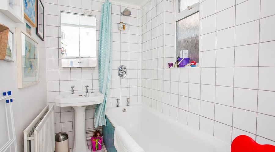 Apartment Near Shepherds Bush-9 of 17 photos