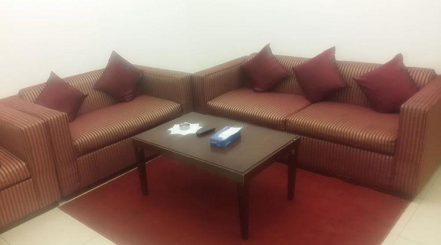 Dar Al Taif Suites-7 of 18 photos
