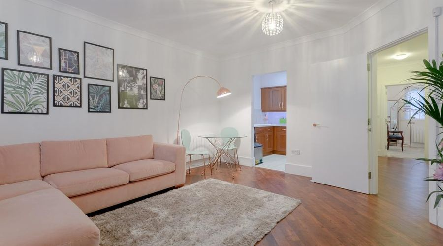 Refurbished Flat in Haggerston-2 of 10 photos
