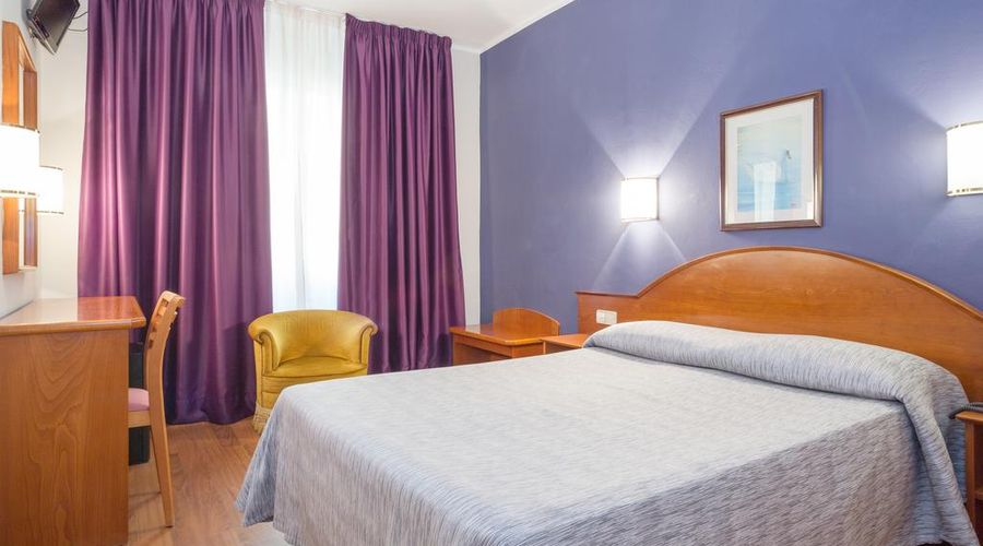 Hotel Cortes-6 من 30 الصور