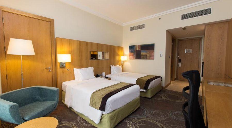 Holiday Inn Abu Dhabi-21 of 32 photos