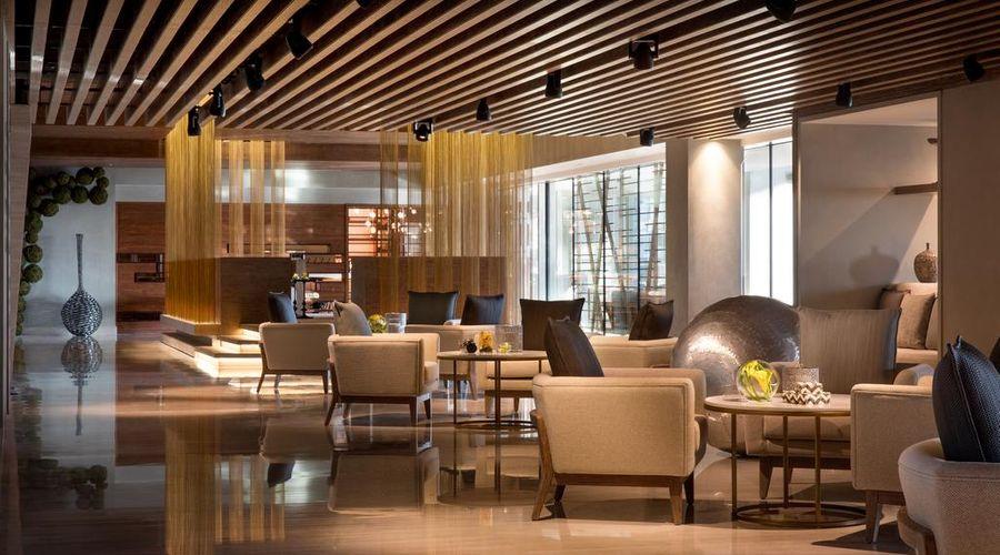 Renaissance Downtown Hotel, Dubai-15 of 32 photos