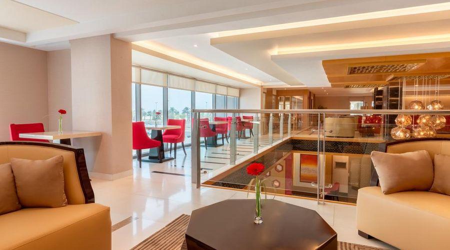 Ramada Hotel and Suites Amwaj Islands-18 of 25 photos