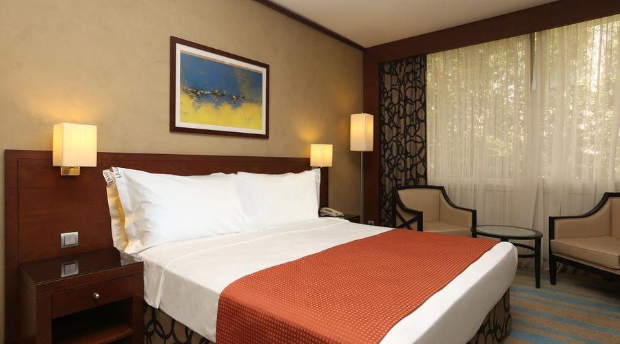 فندق هوليداي إن الرياض ازدهار-11 من 25 الصور