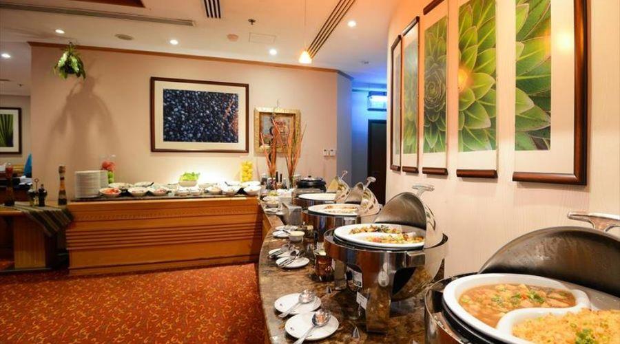 Golden Tulip Al Barsha Dubai-8 of 16 photos