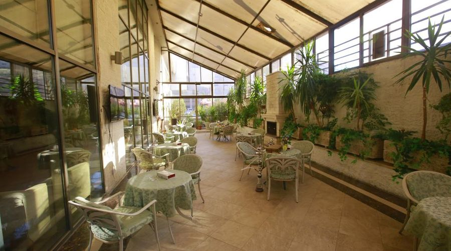 Al Fanar Palace Hotel and Suites-16 of 20 photos