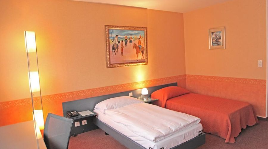 Hotel Comedie-13 of 31 photos