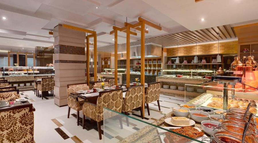 Ramada Hotel and Suites Amwaj Islands-14 of 25 photos