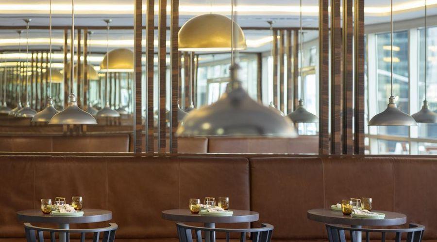 Radisson Blu Hotel, Dubai Waterfront-13 of 26 photos