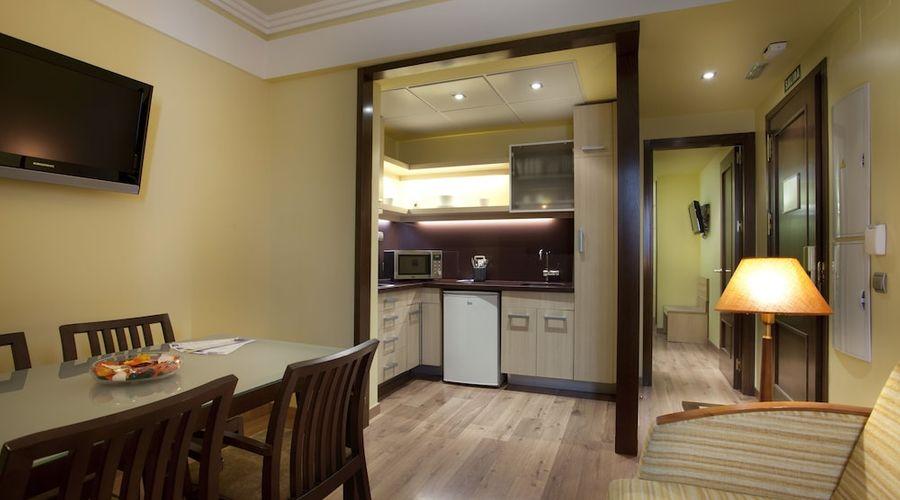 Suites Gran Via 44-19 of 45 photos