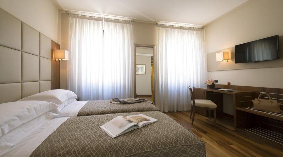 Hotel Fenice Milano-25 of 39 photos