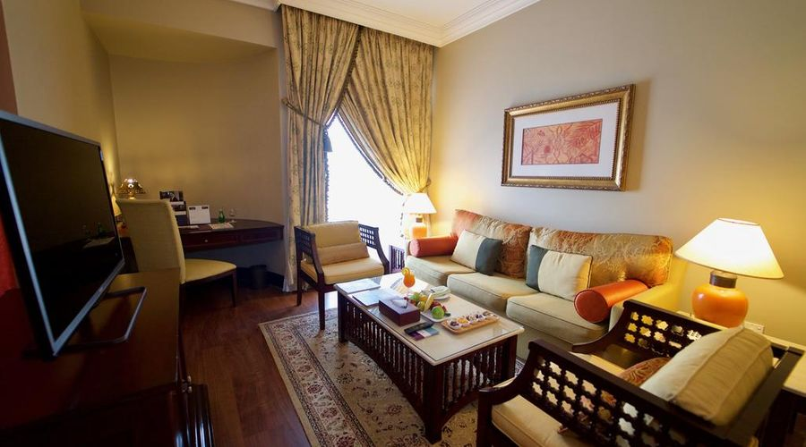 Mercure Grand Hotel Seef / All Suites-8 of 25 photos