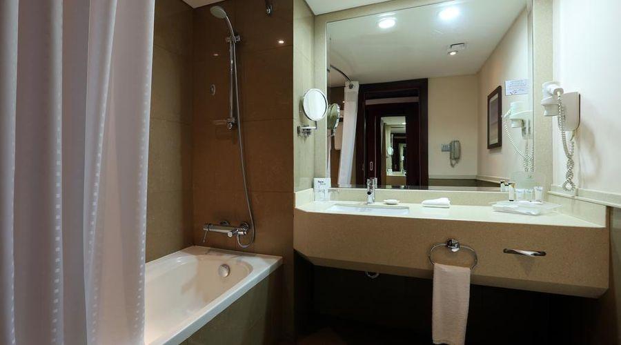 فندق هوليداي إن الرياض ازدهار-8 من 25 الصور