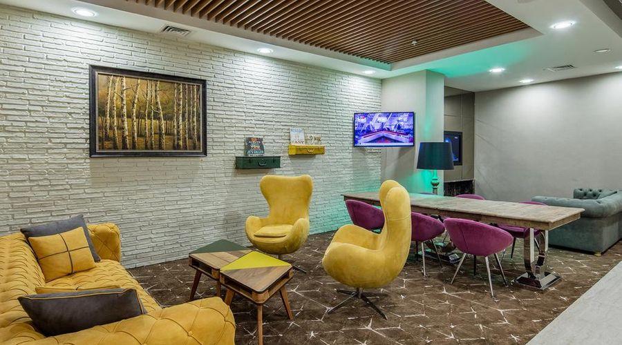Holiday Inn Antalya - Lara-14 of 30 photos