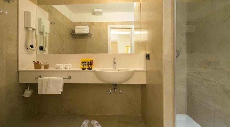 Hotel Fenice Milano-24 of 39 photos