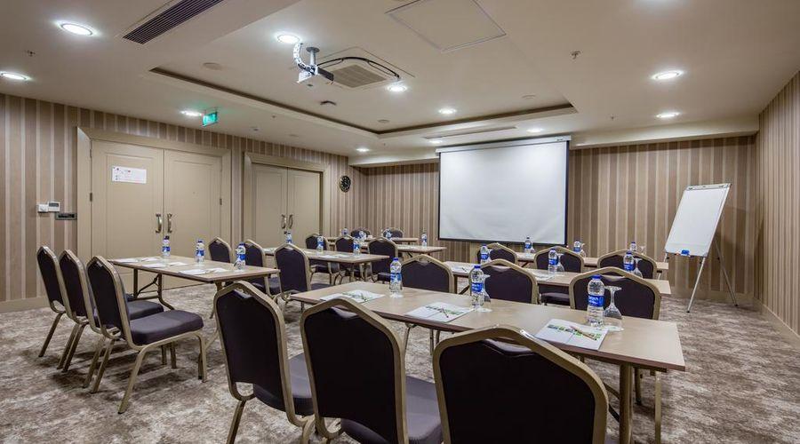 Holiday Inn Antalya - Lara-19 of 30 photos