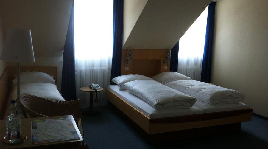 فندق هاوزر أن دير أونيفيرستيت-3 من 20 الصور