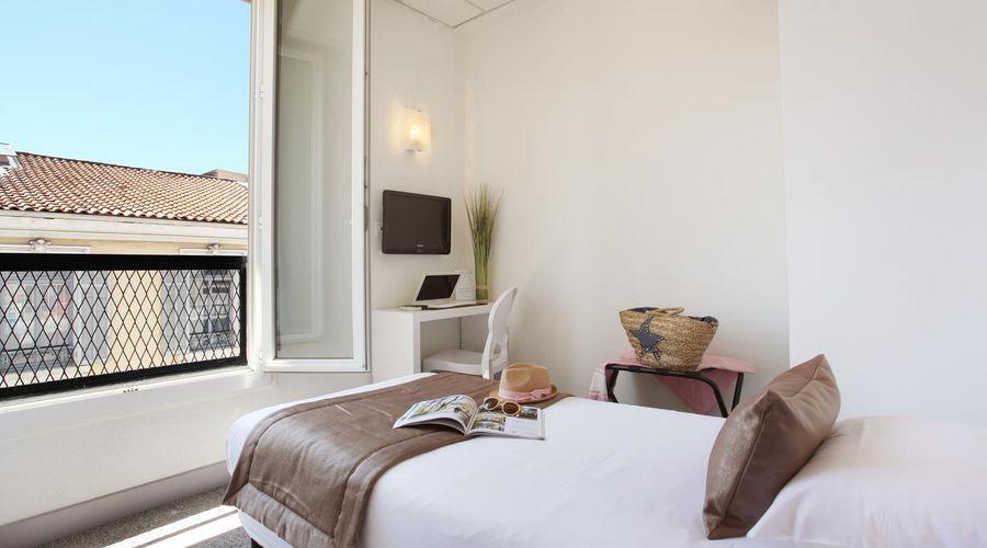 Hotel PLM-7 of 20 photos