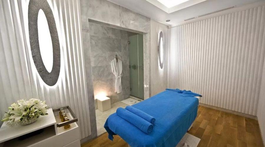 Wyndham Grand Istanbul Kalamış Marina Hotel-1 of 31 photos